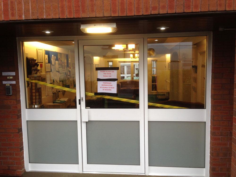 Aluminium shopfront doors